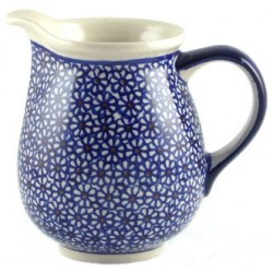 Jug in 'daisy' pattern